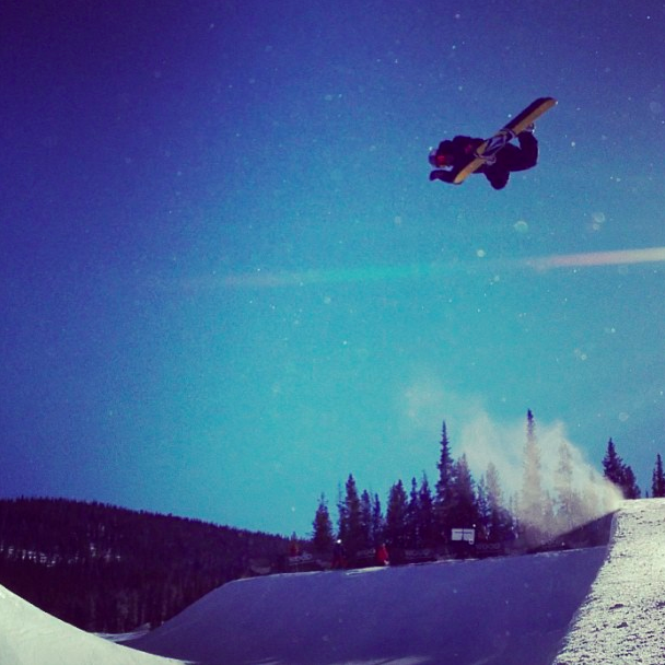Good ol backside air! #copper #pipe#sunisout @volcomsnow - via Arthur Longo