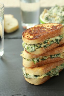 -foodporn:  Spinach and Artichoke Melts Recipe