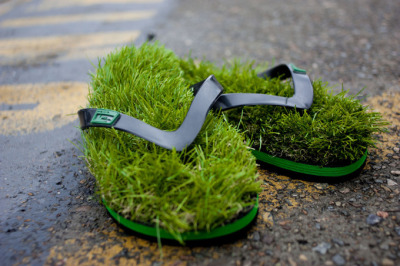 Grass Flip Flop Thong Sandals »»SEE more  Crazy Images These look they would be real easy to make yourself, I mean really some flip flops, fake grass  cut outs, glue. DONE