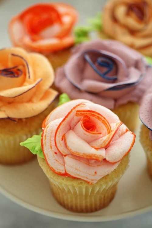 gorgeous rose cupcakes