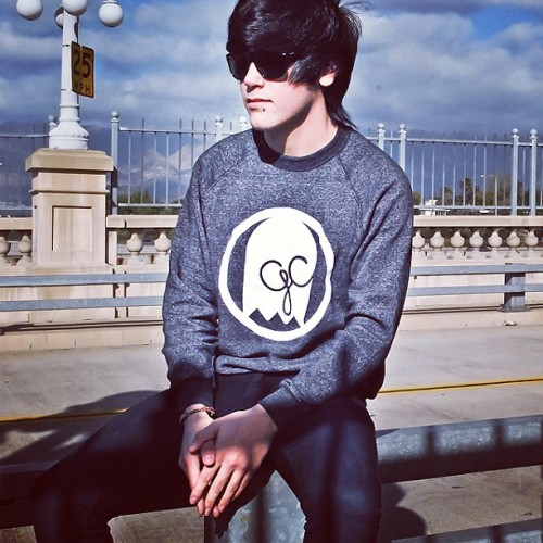 Only 3 of these crew necks left!👻