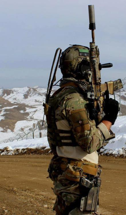 tacblog1:  Member of Task Force 50 - Polish Special Commando Unit in Afghanistan