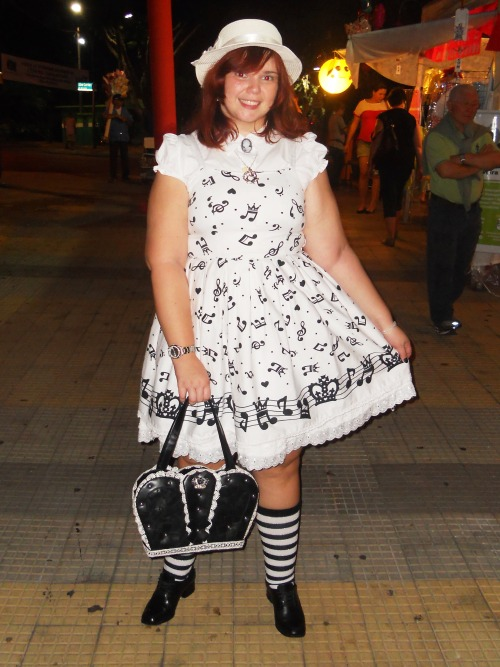 "petitemimimi:  My ""new"" dress from Bodyline.  Meeting Paula's birthday - Matsuri São Carlos - Brazil"