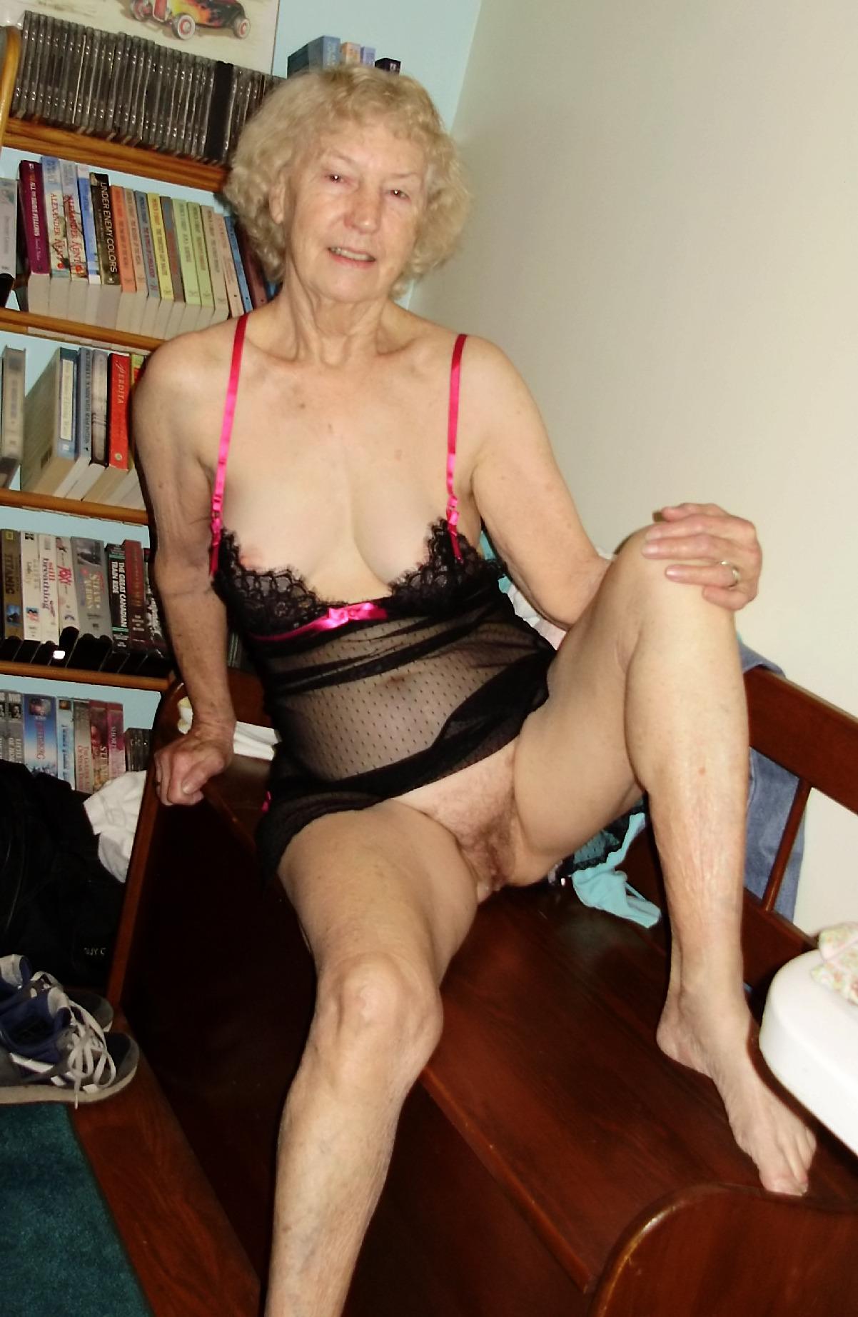 Plump Ladies 73