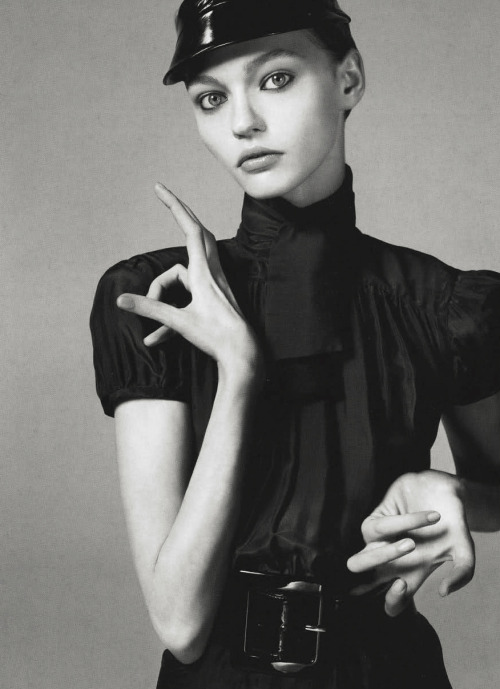 """Future Perfect"" Sasha Pivovarova for Vogue Italy 12/05Ph. Steven Meisel"
