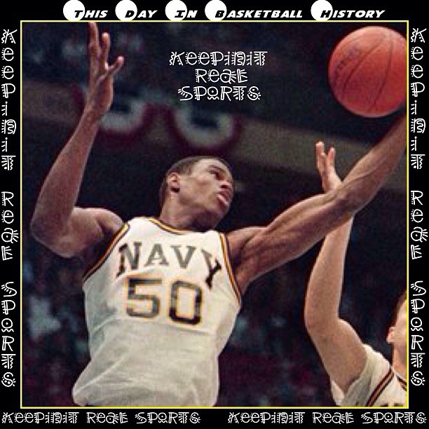 This Day In Basketball History:  January 4,1986 - Center David Robinson of Navy sets an NCAA Division I record by blocking 14 shots, as his team beat North Carolina-Wilmington, 76-61.  #NBA #Basketball #Hoops #Streetball #assist #backboard #highlight #blocked #court #crossover #dribble #dunk #fastbreak #freethrow #rebound #jumpball #layup  #playmaker #shooter #slamdunk #Sports #keepinitrealsports #MysterKeepinit
