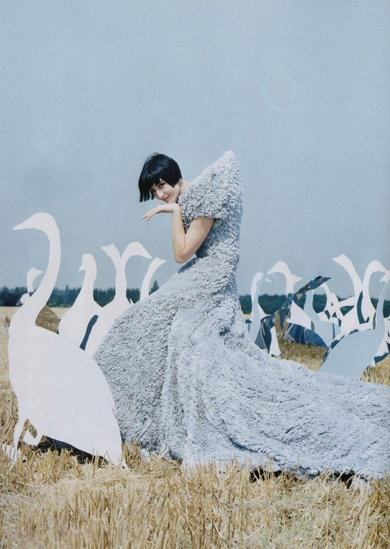 supermodelgif:   by Tim Walker