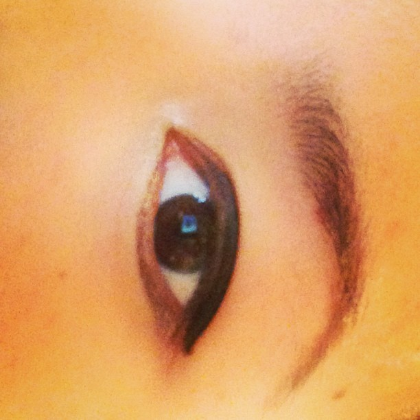 Watching you.. Get changed. #eye #eyebrow #browneyed #asian #cateye #creep #hubad