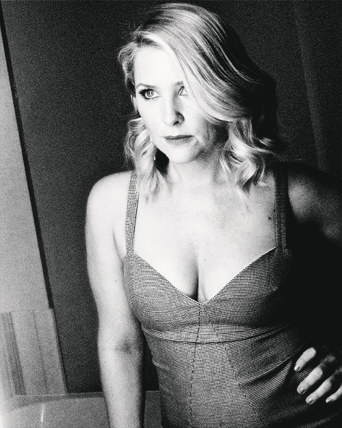 Beauty Spotlight on Jessica Capshaw [x]