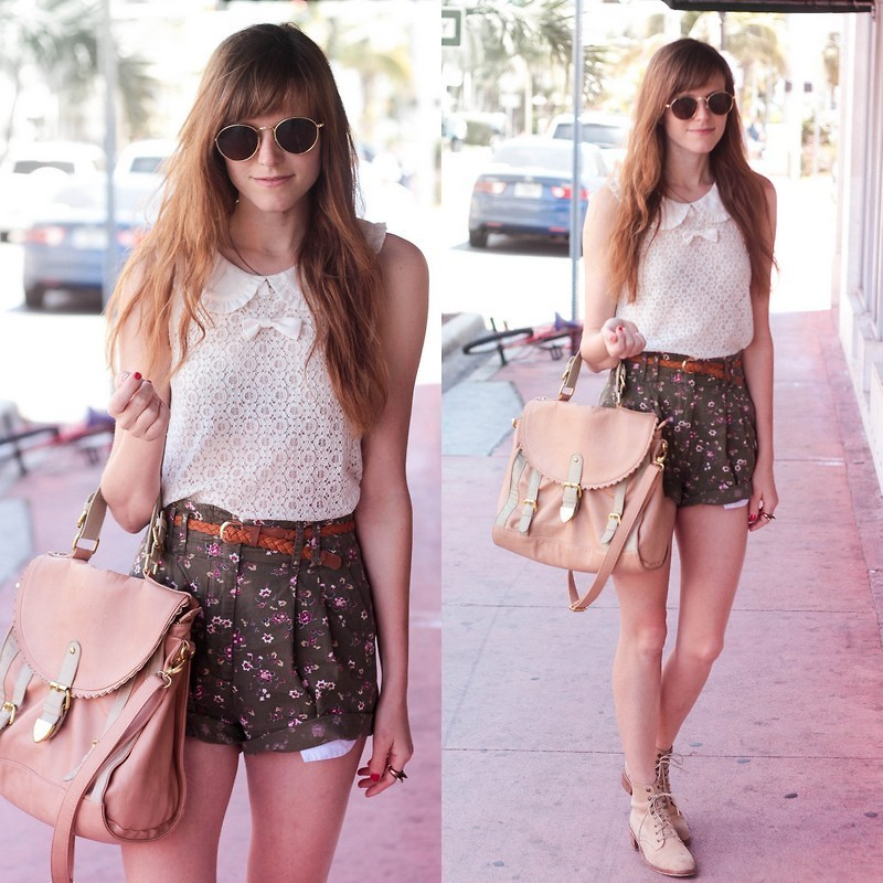lookbookdotnu:  Sunny days and floral shorts.  (by Steffy Kuncman)