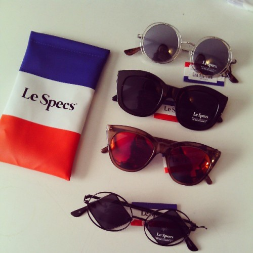 New in: Le Specs sunglasses. What is a better way to prepare for spring and summer, than getting yourself some sunglasses?! Follow me on Instagram