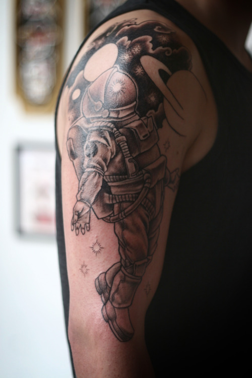 fuckyeahtattoos:  black and grey spaceman half sleeve in progress, by adam jelinski at anatomy tattoo in portland, oregon.