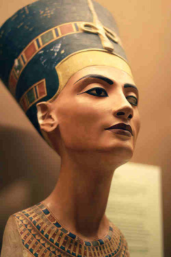 swoosh163:  Our Queen Nefertiti
