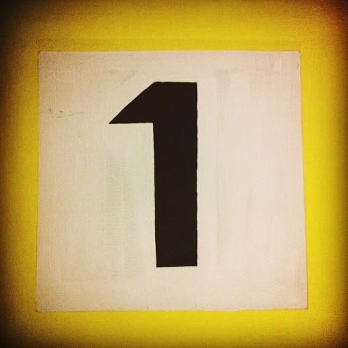 mujerdearmablanca:  Uno. #goodnight #number #one #1 #yellow #parkinglot #white #black #luckynumber #tdiek22