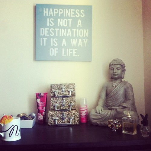 ssugarandsspice:  #Organized the top of my dresser finally 😌💗 #rosy #buddhism #buddha #jewelry #chanel #animalprint #cute #girly