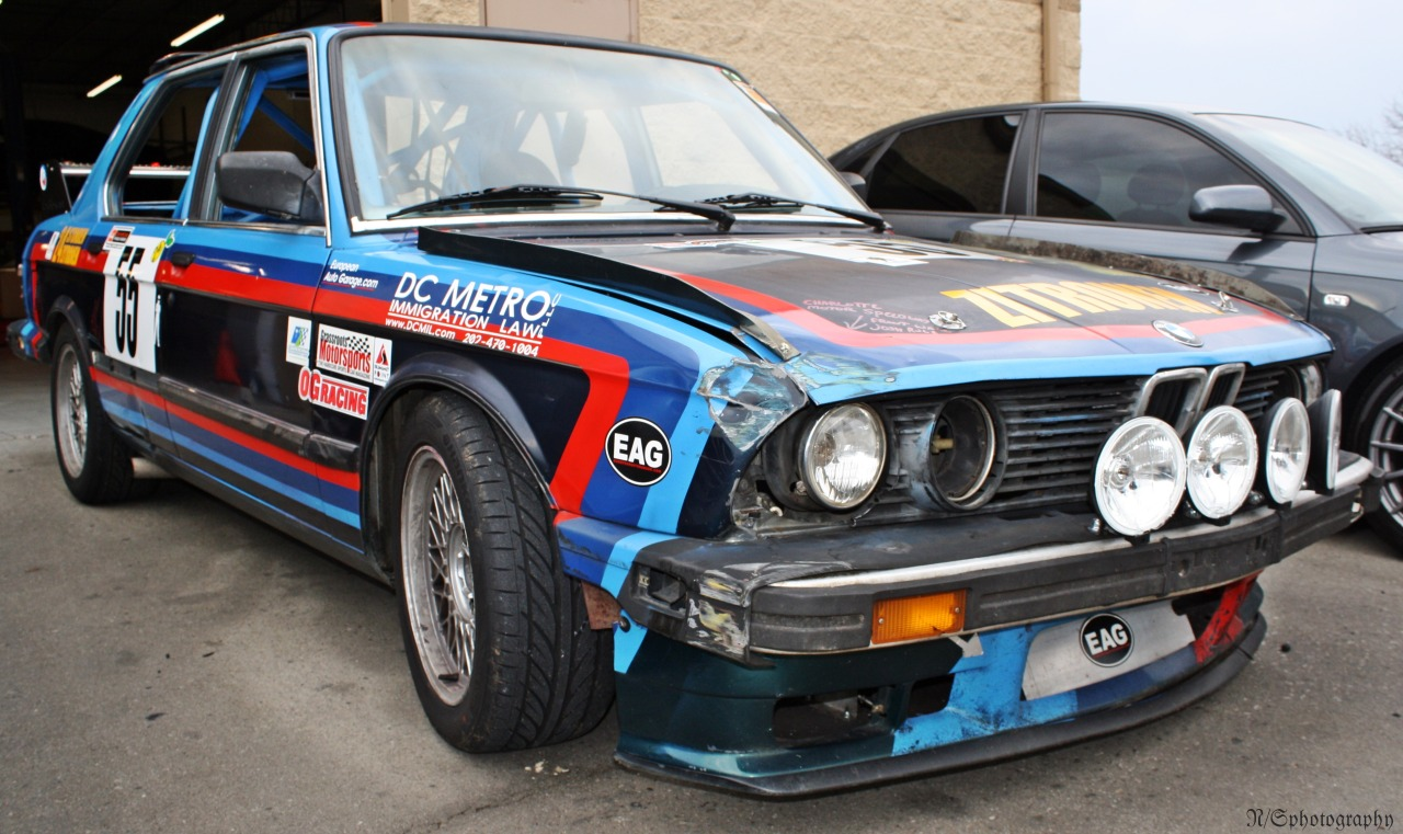 "William-elms: BMW E28 535 ""CSL"" 24 Hours of Lemons race car Whoa how does this not break the $500 barrier? Looking at the damage to the corner, there's nothing structural. This is definitely one of the best Lemons cars I've seen. Thanks for the submission! E28s from the past"