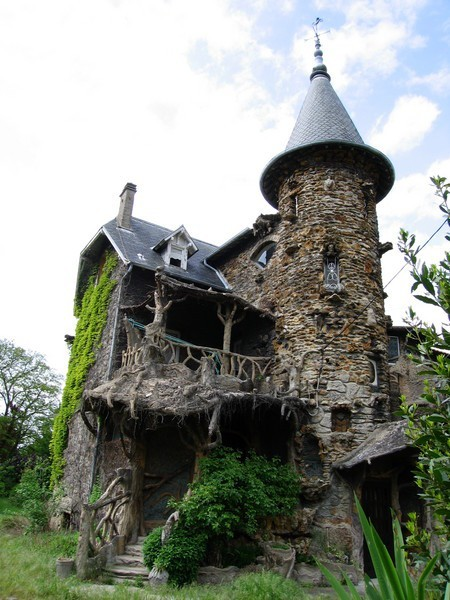 abandoned-playgrounds:  Maison de Sorcière, France I Love This! The railings are so unique it looks so terrifyingly beautiful. Please if you know anymore about it let me know!