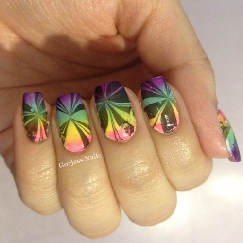 #watermarble #nailart #gradientnails