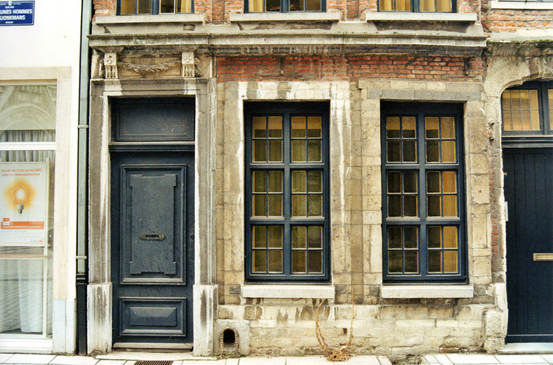 | ♕ |  Century-old house in Brussels  | by © Fabrizio Mingarelli