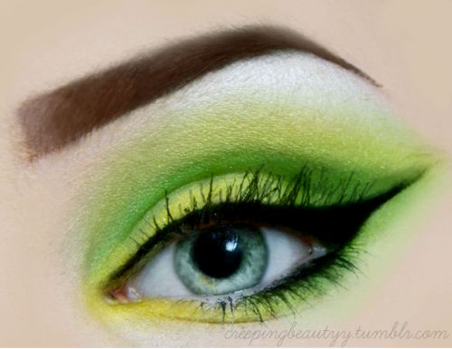 makeupftw:  http://creepingbeautyy.tumblr.com