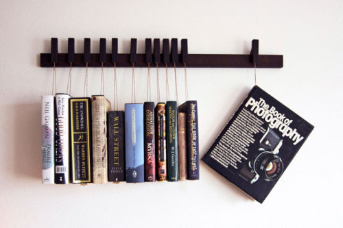 20 Brilliant Bookshelves for Modern Bookworms Anjelika Paranjpe, brit.co As the famous say­ing goes, I like big books and I can­not lie. Even though we may take in most of our read­ing via an iPad or Kin­dle these days, we are still book­worms at heart. The warmth and char­ac­ter of a well-worn or brand new book…