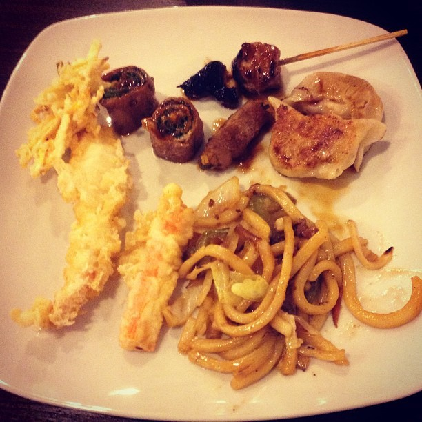 Sagot sa bad vibes? #Buffet (at DADS • Kamayan • Saisaki)