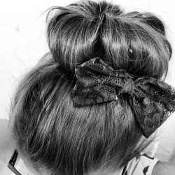 sug4rglam:  #messybun #hairpost #highbun #bows #lace #mine
