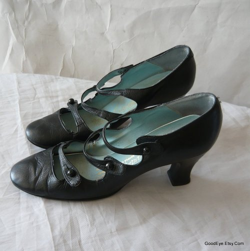 1960s  Modified Mary Janes..size 7 @ www.GoodEye.Etsy.Com