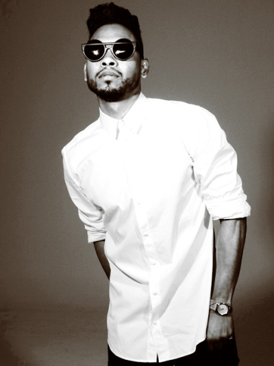 Miguel is set to be the musical guest on SNLon April 13th , 2013.