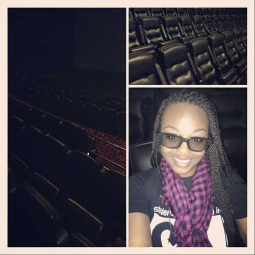 LMAO! In the movies by my lonesome &&&& it was hella cheap #thegreatgatsby #3D #XD #emptyroom