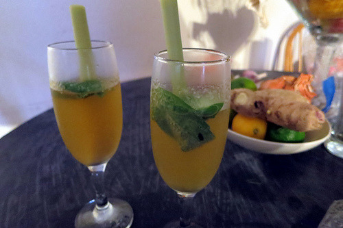 Lemongrass & Thai basil champagne cocktails: a work in progress