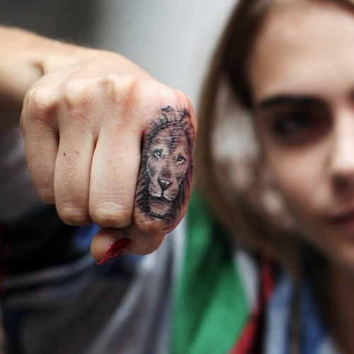 fiercefastfabulous:  Cara Delevingne's new tattoo from BangBang in NYC #zodiackilla