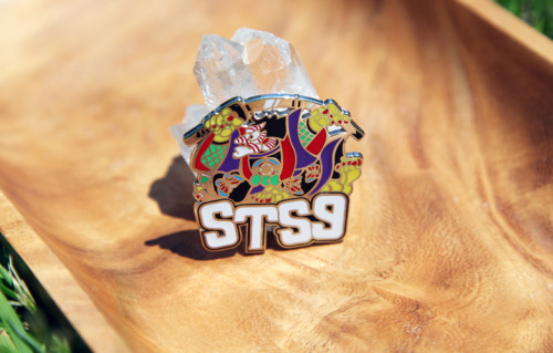 Hit me up if you want one of these STS9 Kabuki Warrior Pins.