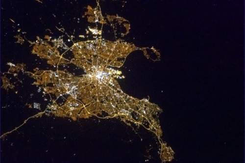colchrishadfield:  A clear Dublin night in early Spring.