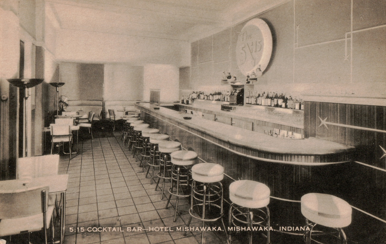 cocktail bar.