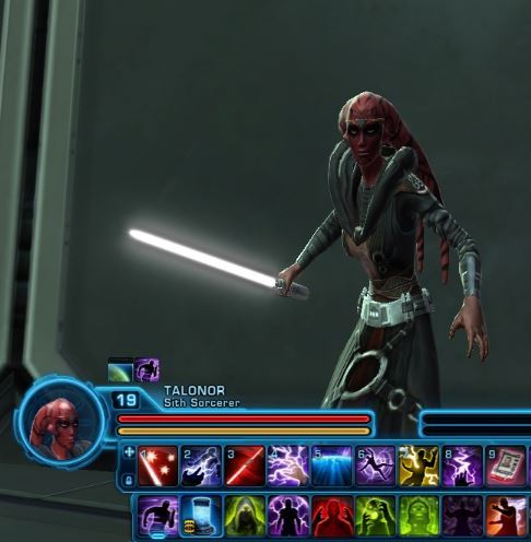 That's my Sith Twi'lek (who looks like Darth Talon) with Revan's robes and a white lightsaber. Pretty sure this is THE GREATEST DAY OF MY LIFE.