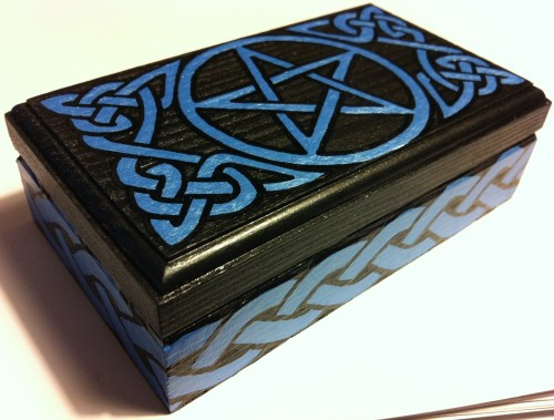 Custom Small Rectangle Box — Onyx Black w/ Pearl Blue knotwork and Pentagram RavynsNest.etsy.com