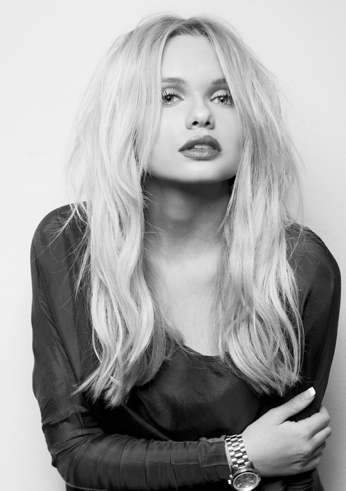 allisimpson:  Alli Simpson by Glenn Nutley