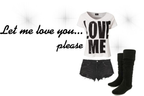 Love me por vicky-belieber-1999 con knee high bootsPrint top, $23 / Ksubi destroyed shorts / Knee high boots, $38