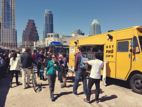 Long lines…pack a protein bar whatilearnedatsxswtoday:  SXScenes: Food Truck Village on Red River & Driskill