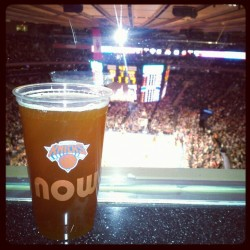 Now. #knicks  #beer  (at Madison Square Garden)