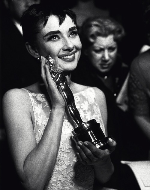 historiful:  Actress Audrey Hepburn (1929-1993), at the 26th Annual Academy Awards, 1954.  Happy Oscars Night, lovelies!