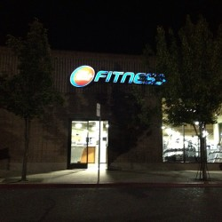 Get at me, #ymca wasn't workin out. Back at #24hrfitness #TagsForLikes #TFLers #incrediblejeff #sofit #foreverfit #beastmode #liftheavy #g8fitness #ymca #gymlife #trainharder #gymaholic #ironcouture #datmuscle #physiquefreak #arkfit #athleteculture #bearfitness #bodybuilding #gymwear #ironsociety #trainhard #eatinghealthy #diet #lean #leanmachine #ripped #gym247 #nikegear #drifit #goodmusic #jammin #rockin  (at 24 Hour Fitness)