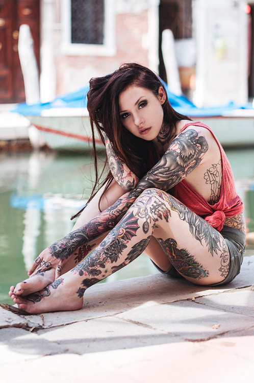 munroeink:  tattoos and piercing blog