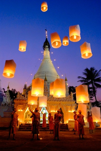 greatlittleplace-loy-krathong-a-festival-of
