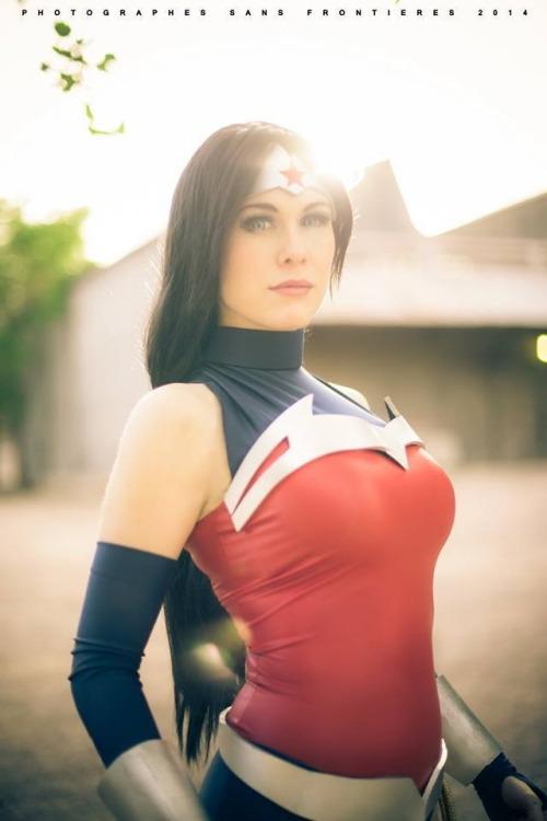seventy-percent-inked:  New 52 Wonder Woman Cosplayer: LadyLemonCosplay Photographer: Fernando Brischetto