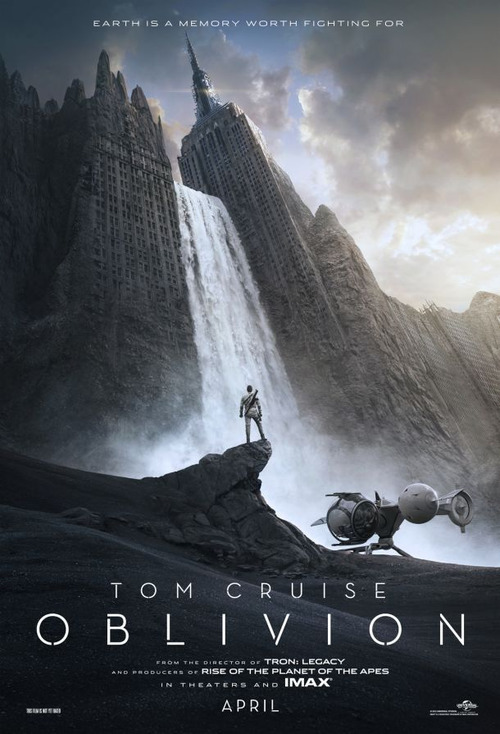dpstyles:  nerdpride:  (via Trailer e pôster de Oblivion - Nerd PrideNerd Pride)  Reblogging since this image has been in my head since I saw it like 40 mins ago.  2013 will be a great year for science fiction.