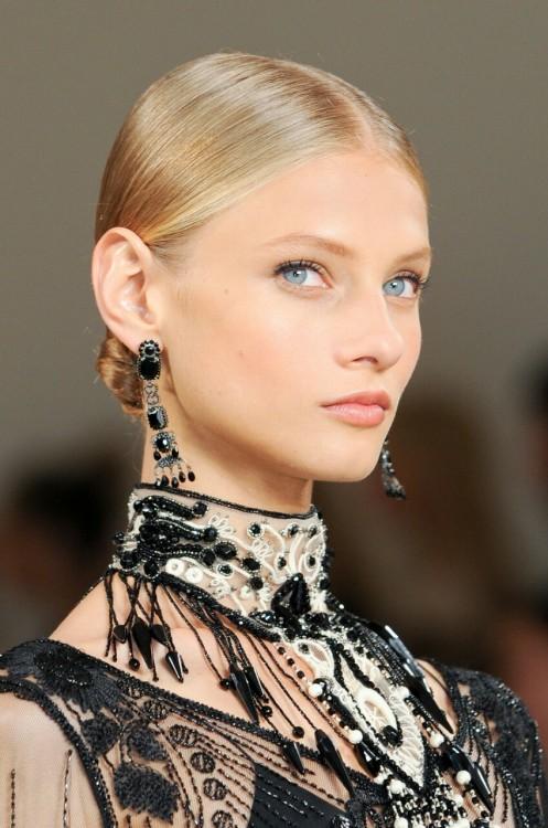 anna selezneva model fashion beauty mode blonde ralph lauren elegant sleek runway eyes face