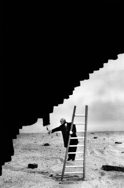 totalimmortalbeloved:  Gilbert Garcin.