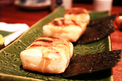 Yopparai - Isobe Yaki Mochi by tychenyt on Flickr.